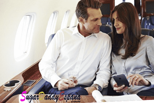 sugar daddy y sugar babie en un avión